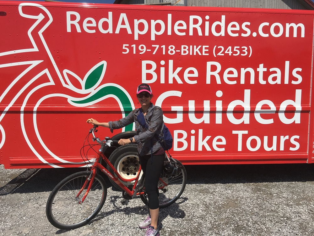 Red Apple Rides