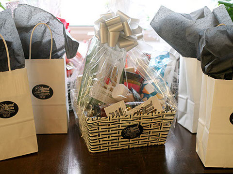 Second Mouse Cheesetique gift basket